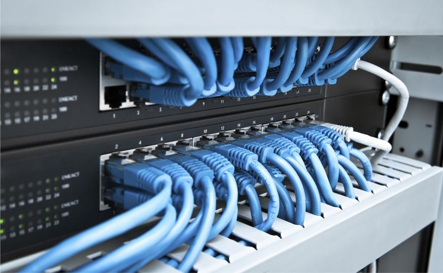 Instalación de redes de datos cat5e y 6, WIFI, Hot Spot